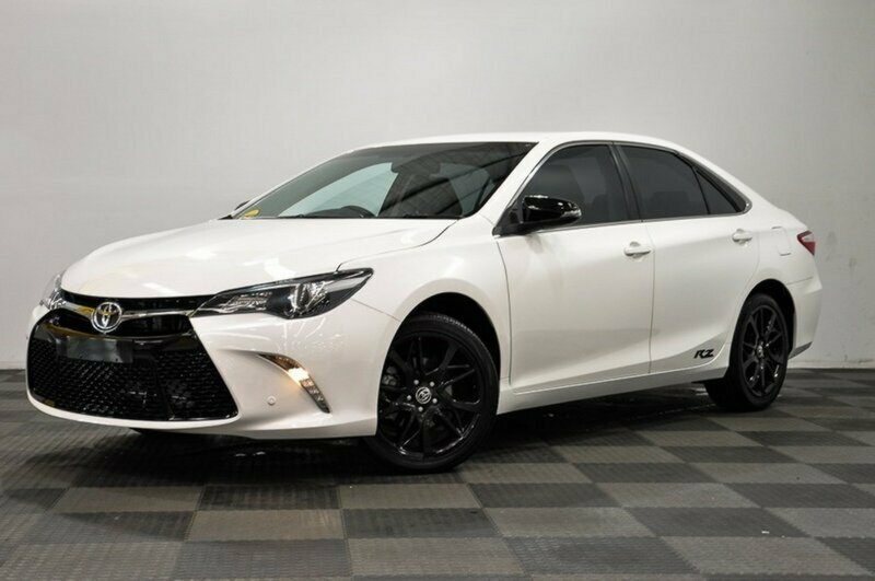 2016 toyota camry rz sedan white used car j3483 easyauto123. Black Bedroom Furniture Sets. Home Design Ideas