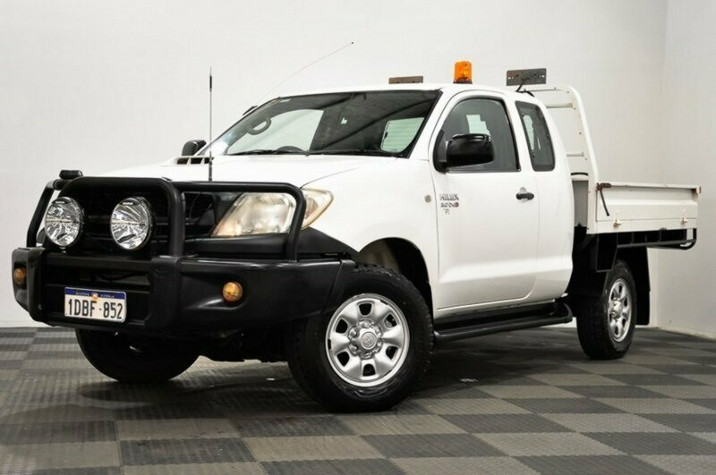 2008 toyota hilux sr xtra cab cab chassis 3741 easyauto123. Black Bedroom Furniture Sets. Home Design Ideas