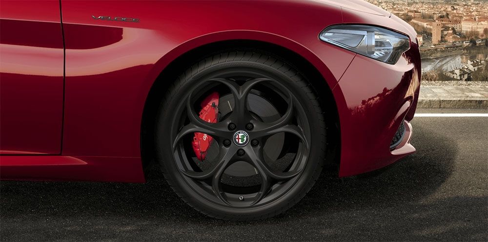 19-Inch 5-Hole Dark Finish Alloy Wheels