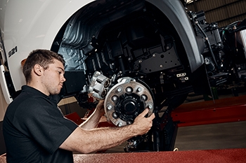 Truck Care: Check these 6 maintenance tips on your Hino to keep it running smoothly Image