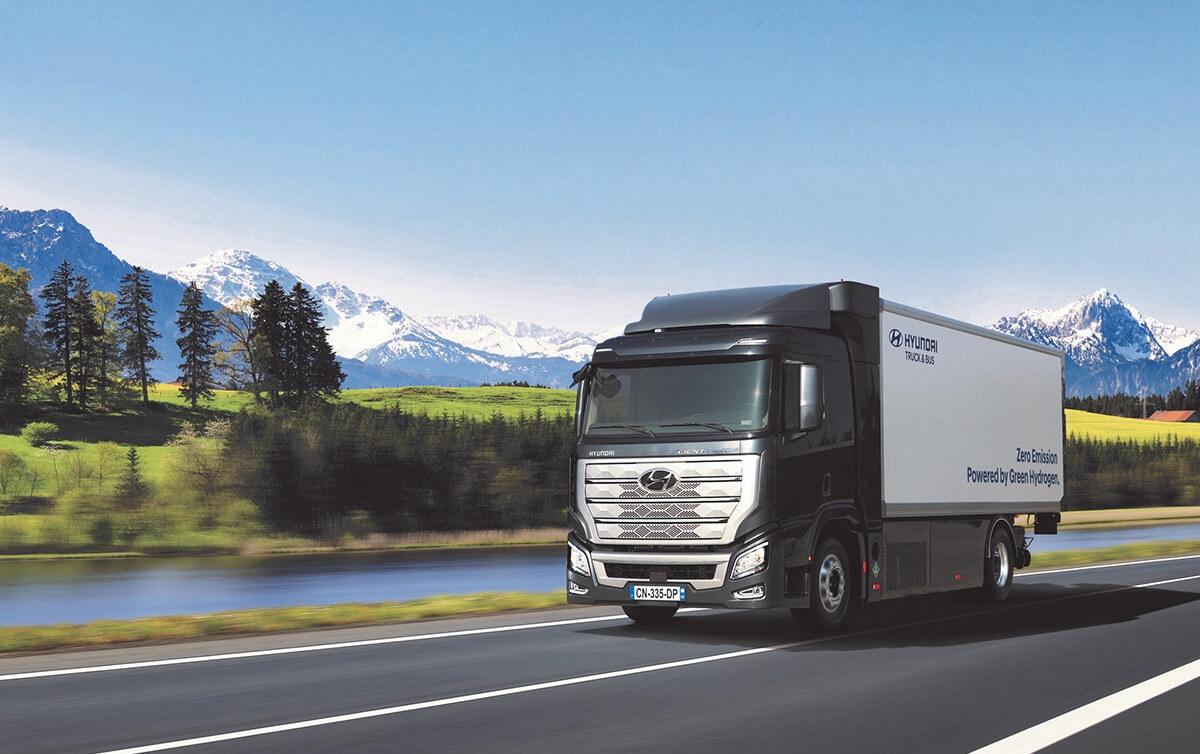 Hyundai's Hydrogen Mobility Solution Wins 2020 Truck Innovation Award