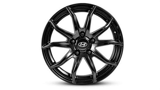 17 inch Gunsan Satin Black Alloy Wheel.