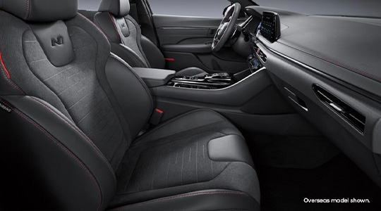 Suede and Nappa leather appointed seats.