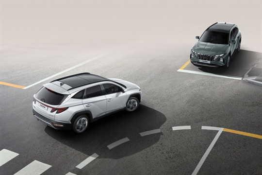 Forward Collision-Avoidance Assist (FCA) with Junction Turning (JT).