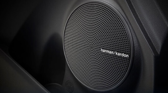Harman Kardon™ 8-speaker premium audio system.