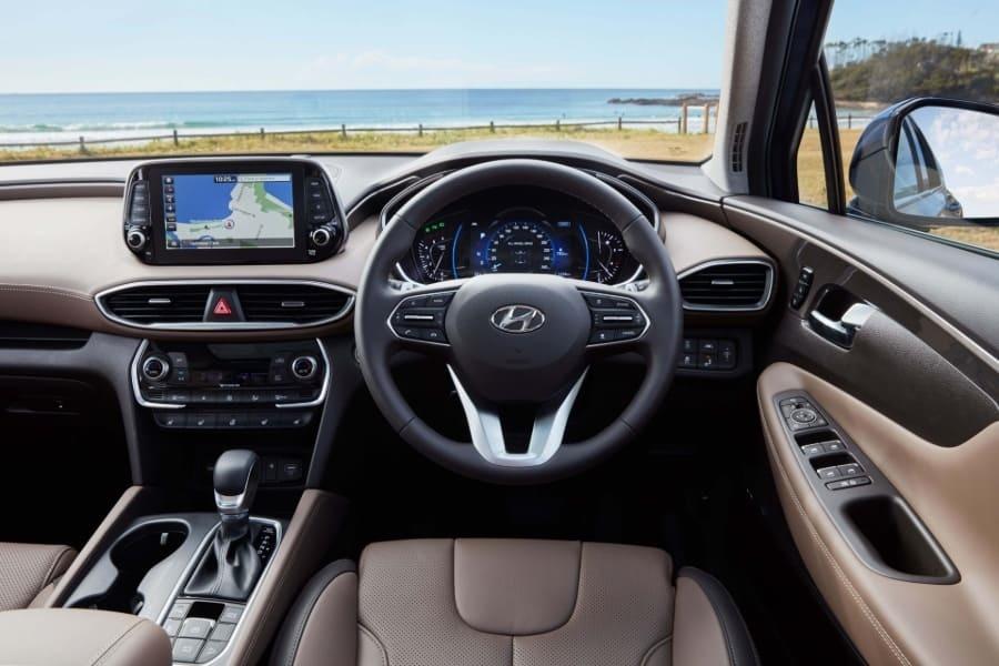Santa Fe wins 2020 Drive Large SUV of the Year
