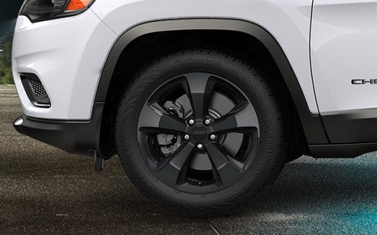 18-Inch Gloss Black Aluminium Wheels