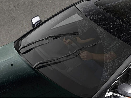 Automatic Rain Sensing Front Wipers