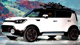Trail'ster - This concept car was developed by KIA's U.S. design center as an off-road model for the SOUL. It features a nature-inspired design suitable for outdoor activities and robust driving power that enables driving on challenging surfaces such