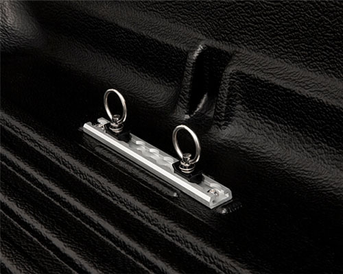 Hard tonneau cover - 3 piece (EGR)
