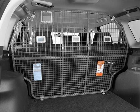 Cargo barrier - rear