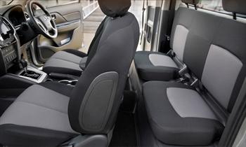 Mitsubishi Triton Club Cab