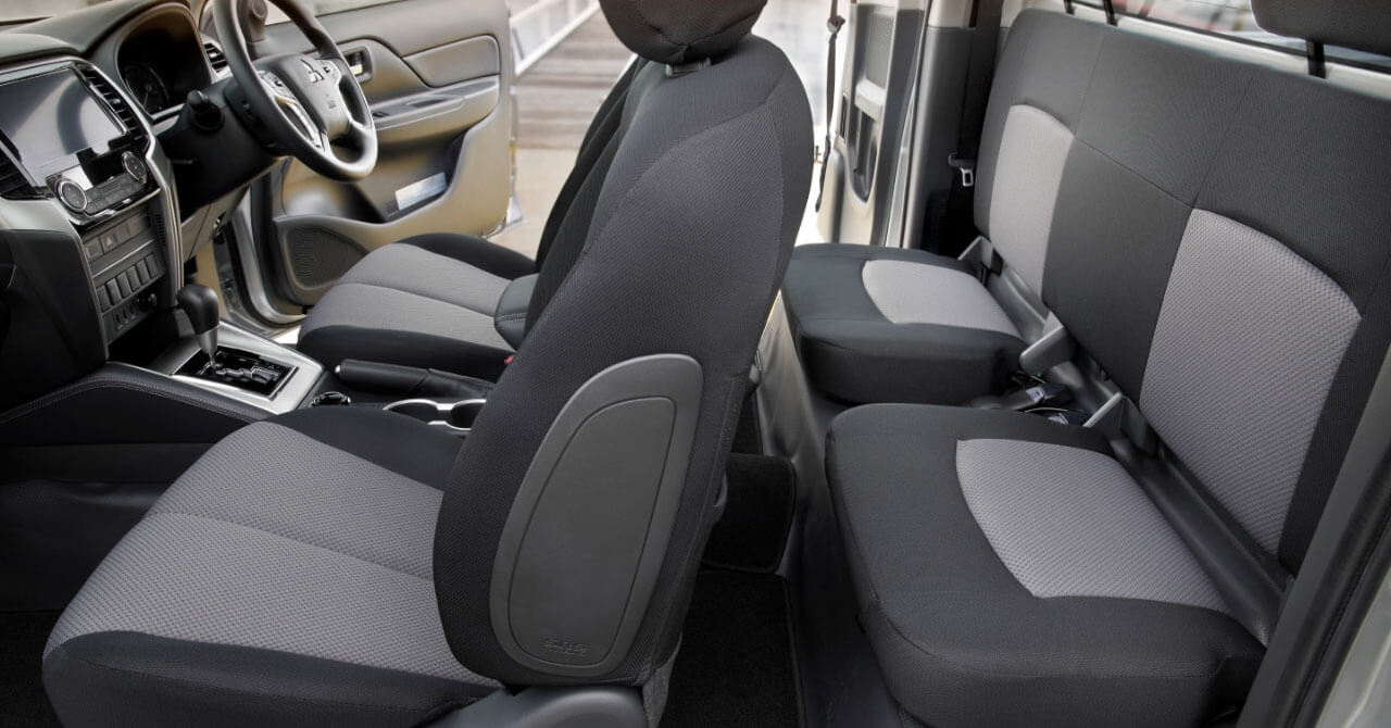 Mitsubishi Triton Club Cab Interior