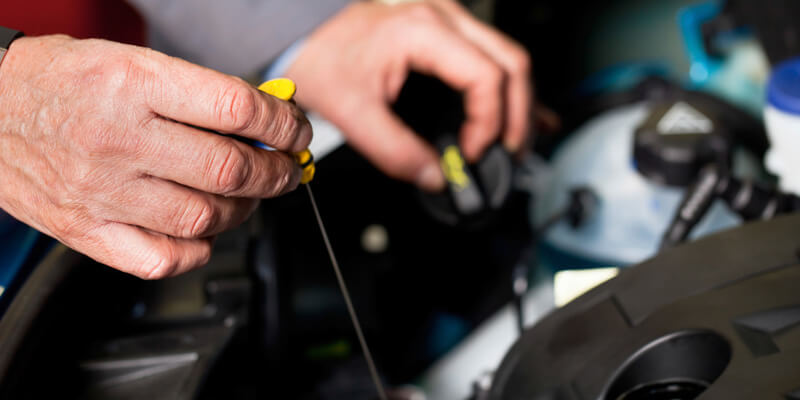 Grafton Suzuki Mechanic Servicing a Vehicle