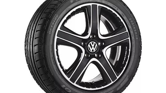 Black dakar alloy wheel